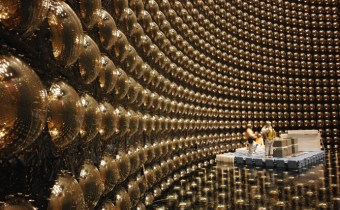 Can neutrinos shed some light on the imbalance of the universe?