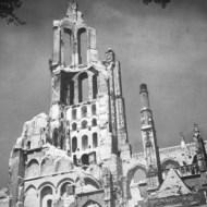 Verwoeste kerk