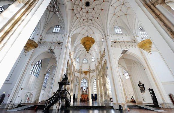Kostbare verbouwing Eusebiuskerk