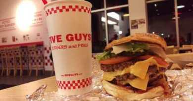 """La cadena de comida rápida """"Five Guys"""" llega a Bilbao,"""