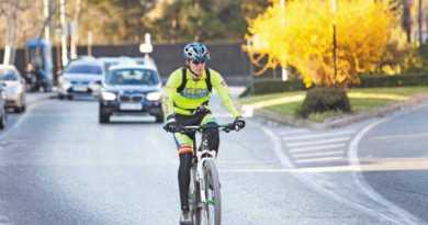 Un hombre es atropellado por un ciclista en Bilbao,