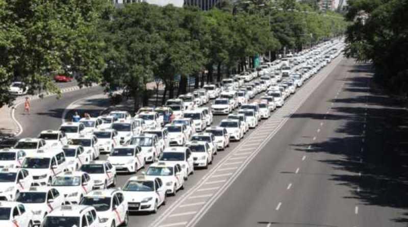 Euskadi planea medidas para evitar el conflicto del taxi,