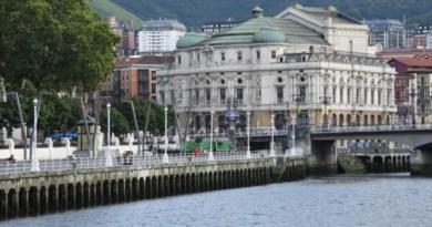 Euskadi levantará el confinamiento perimetral y los bares reabrirán con el aforo al 50% a partir del sábado,