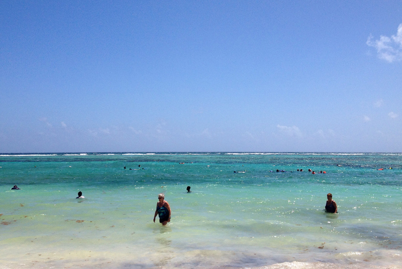 praia-akumal-turistas-peninsula-de-yucatan-mexico-eusouatoa