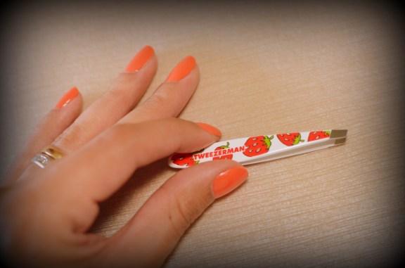 tweezerman strawberry