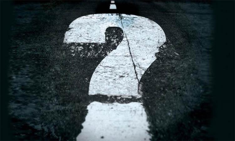 Θα προχωρήσουμε με ερωτηματικά ή με τελείες;