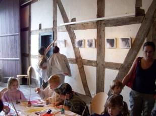 Haarbilder Ausstellung und Aktion_HaarigesWochenende_HausDüsterdiek_FreilichtmuseumDetmold3