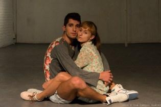 Perto... Tanto Quanto Possivel by Joana Castro and Pedro Senune