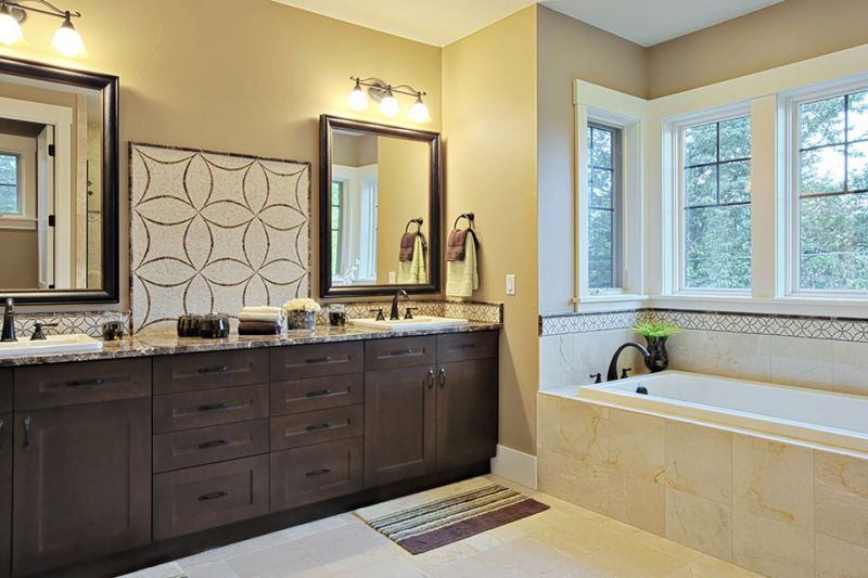 bathroom-remodeling-with-granite-for-small-space