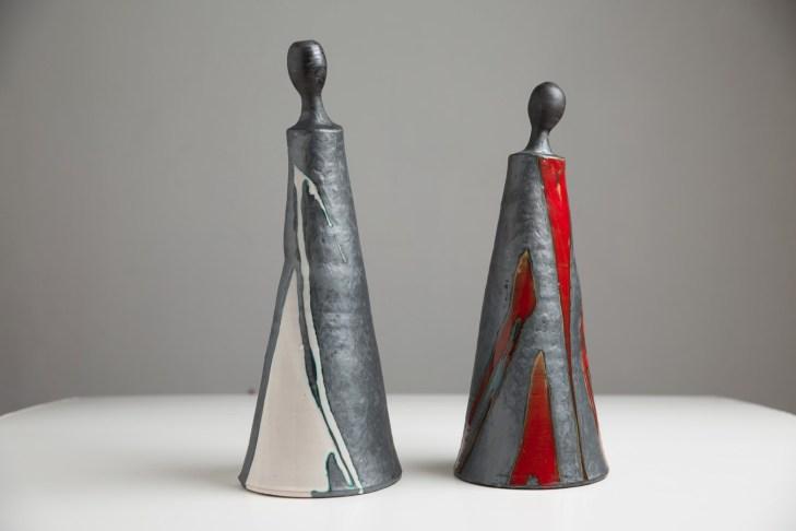 scultura ceramica maiolica SGUARDO ALTROVE