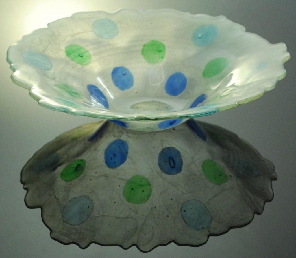 Jenia Gorfunkel - polka dot bowl