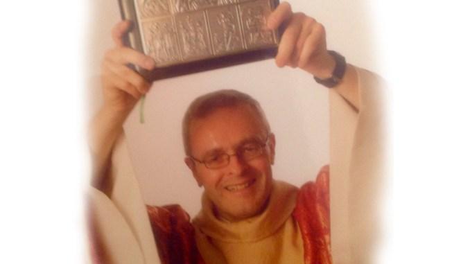 Mon histoire de foi et d'amour avec le Seigneur Jésus n'est pas extraordinaire ou rocambolesque. Je suis né dans une famille « catholique normale» comme la.