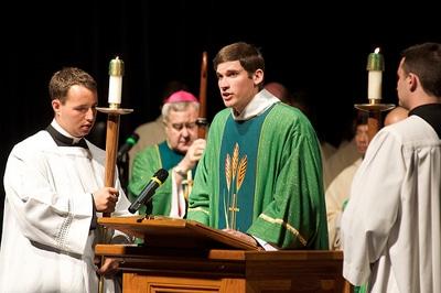 La Liturgia católica de la Palabra, luz y vida