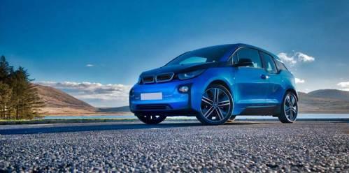 BMW i3 - Spelga Dam