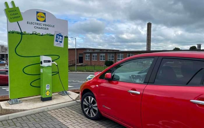 Nissan Leaf charging at Lidl