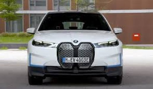 BMW iX XDrive 50 Front View