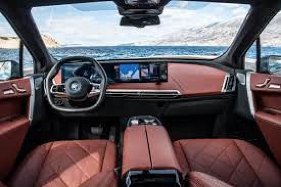 BMW iX XDrive 50 Interior