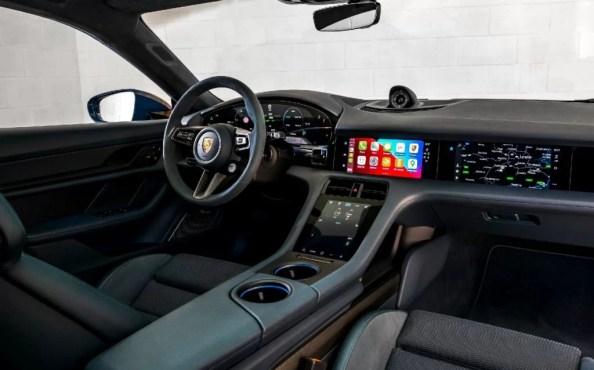 Porsche Taycan Turbo S Cross Turismo Interior