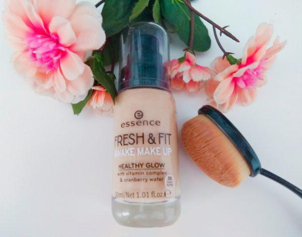 ESSENCE, FRESH & FIT awake make up, base de maquillaje
