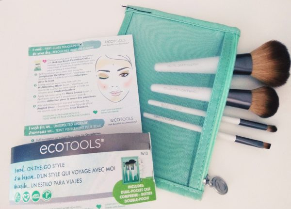 ECOTOOLS, ON-THE-GO STYLE, set de brochas de viaje