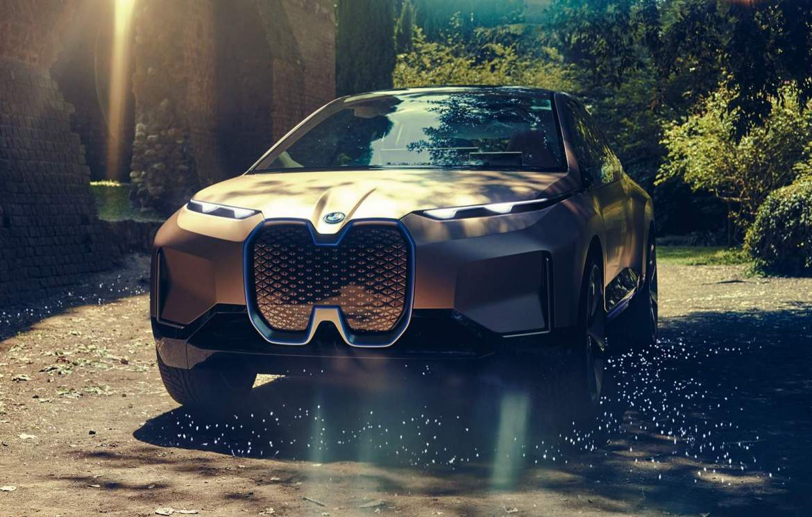 BMW-iNEXT-Electric-Crossover-1