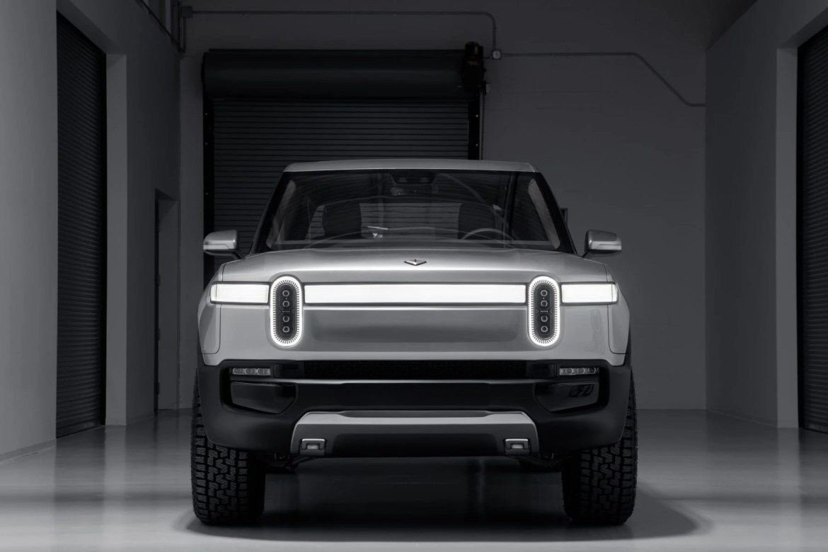 Rivian R1T Front