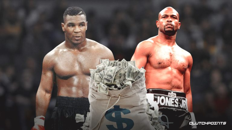 Mike-Tyson-Roy-Jones-Jr (Phto By Clutchpoints)