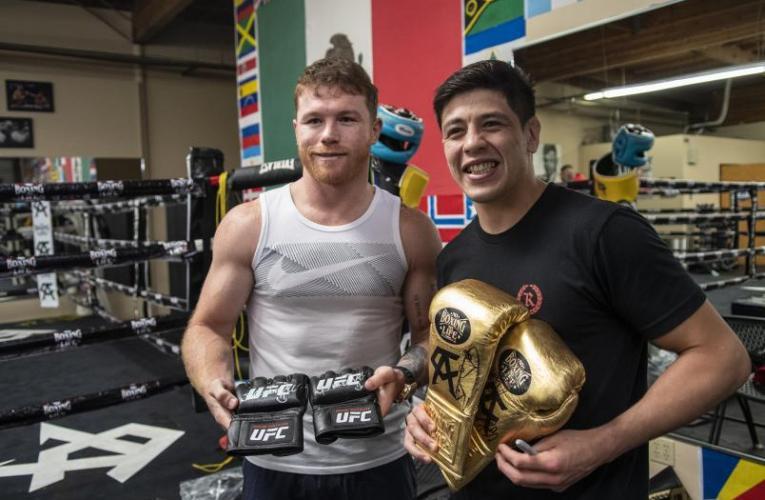 Canelo y Brandon Moreno comparten entrenamiento en el gimnasio