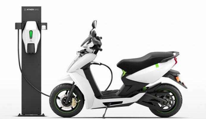Ather Electric Scooter 450 Review | Charging design
