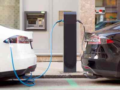 World's first Sigfox Enabled EV chargers in India - VerdeMobility & iWire technologies