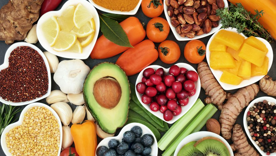 Les 5 MEILLEURS Aliments pour une Peau Plus Belle et Resplendissante