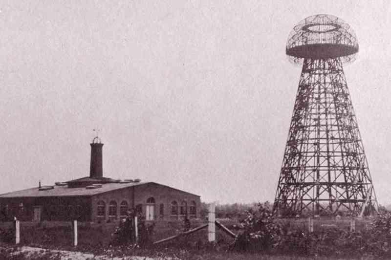 wardenclyffe_tower_-_1904