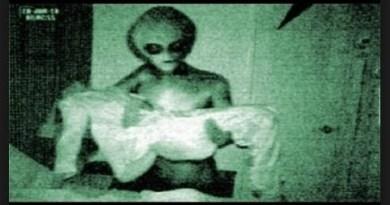Abductions / Enlèvement extraterrestre : La Morsure d'Amour, les interventions Aliens dans les relations amoureuses humaines