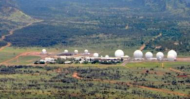 Base TOP SECRÈTE Souterraine Humaine / Extraterrestre (Deep Underground Military Bases ou DUMBs): Pine Gap, Australie