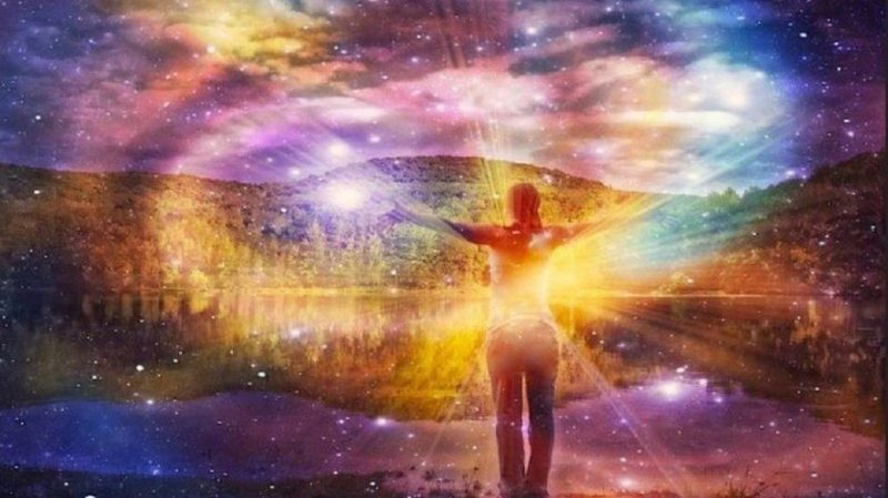 c3aatre-clc3a9-de-la-dimension-spirituelle-990x556
