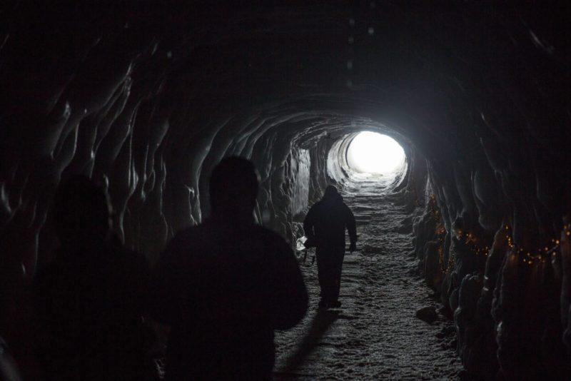 sortie-tunnel-zhifei-zhou-352466-unsplash-1024x683