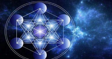 L'ADN Est Une Énergie De Lumière Cristalline par l'Archange Raphaël