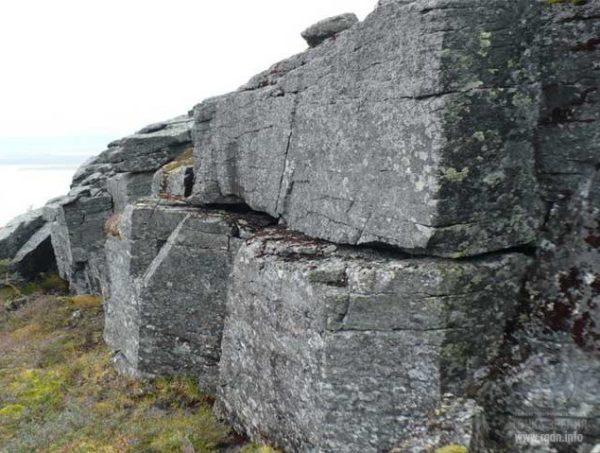 pierrespyrmaides-600x453