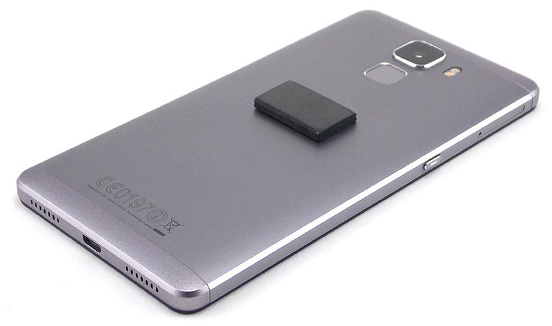 smartphone-avec-pastille-de-shungite-1
