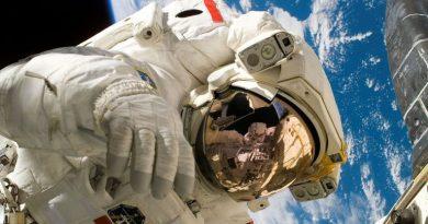 Un ancien astronaute britannique suggère que des êtres extraterrestres sont ici sur Terre