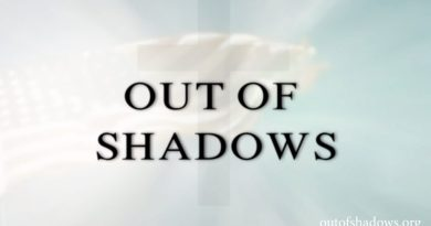 "Le documentaire "" Out of Shadows "" (Sortir de l'Ombre) !"