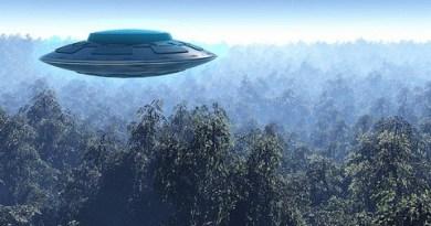 Le gouvernement nous prépare-t-il pour un contact avec les Aliens ?