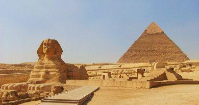"""La construction des pyramides égyptiennes – par Radu CINAMAR """"The Forgotten Genesis"""" (vidéos en français)"""