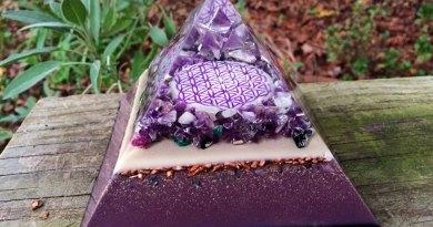 La technologie des Orgonites ! L'art de l'agencement des cristaux, du métal, de la géométrie sacrée et de la forme