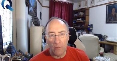 Le contacté extraterrestre SIMON PARKES nous informe sur la situation en cours (vidéo en français)