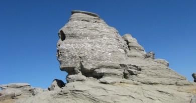 Enquête : Le mont Bucegi (lieux multi-dimensionnels)