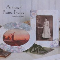 Antiqued Picture Frame —it is easy to make a picture frame look antique with painting techniques. The techniques could also be applied to a flea market find.