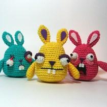 Freaky Crochet Rabbit--free crochet rabbit pattern featuring freaky rabbits