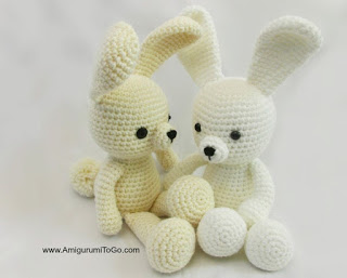 Free crochet pattern: Tiny bunny with straight or floppy ears | 257x320