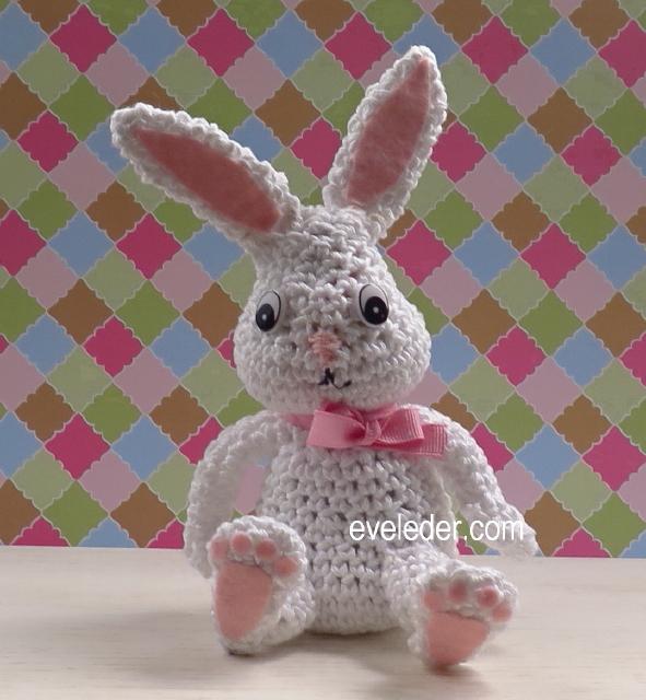 Cuddle Me Bunny amigurumi pattern - Amigurumi Today | 640x591